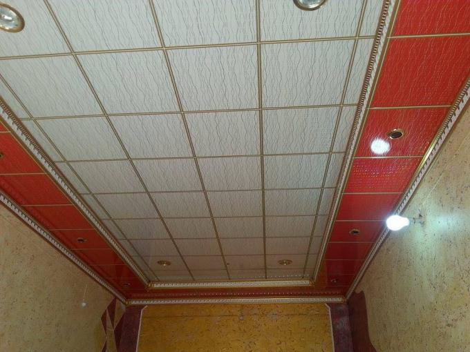 Lightweight PVC Ceiling Panels For Kitchens Self - Fire Extinguishing