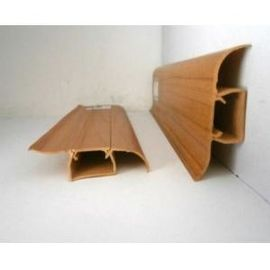 China Waterproof Plastic Skirting Board Wooden Color Crack - Resistant 18mm Thickness distributor